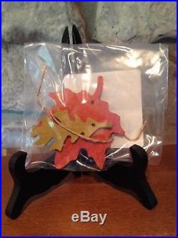 Longaberger Maple Leaf Tie On