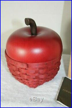Longaberger Collectors Club Red Apple Basket Set 2007 with Box
